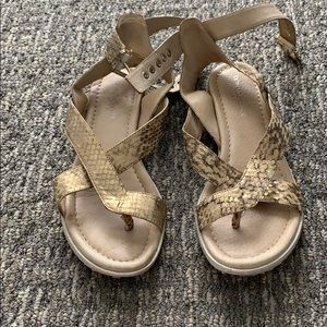 Donald J Pliner sandals size 8